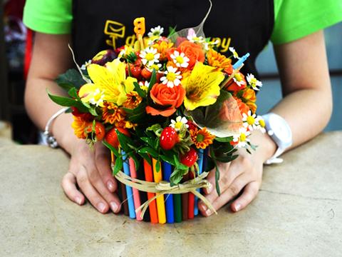 Цветочная композиция из живых цветов своими руками на день учителя 36